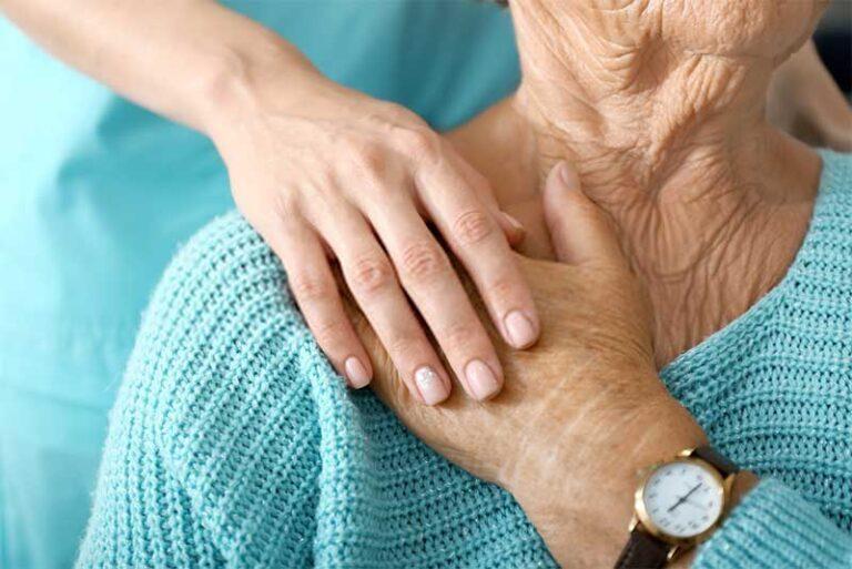 Cuidado de ancianos a domicilio