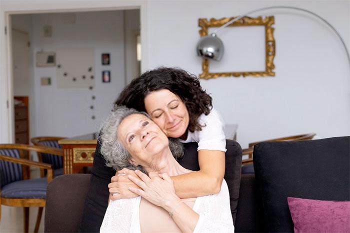 consejos para el cuidado de ancianos en el hogar